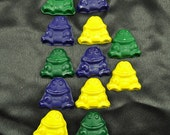 Frog Recycled Crayons, Set of 12.  Boy or Girl Kids Unique Party Favors, Crayons.