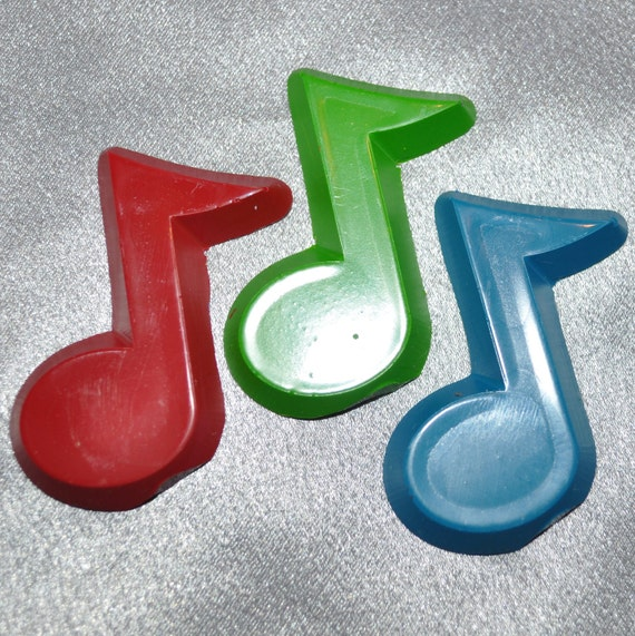 Music Note Shaped Recycled Crayons, 3 In A Bag, Total of 10 Bags, Total of 30 Crayons.  Boy or Girl Kids Unique Party Favors, Crayons.