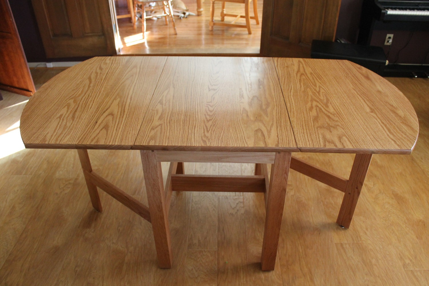 Solid oak drop leaf dining table for Solid oak dining table with leaf