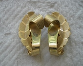 Vintage Earrings Clip On Gold Tone Leaf Design Retro Costume Jewelry Goldtone