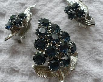 Vintage Leaf Brooch Pin and Clip Earrings Set Blue Rhinestones Silvertone