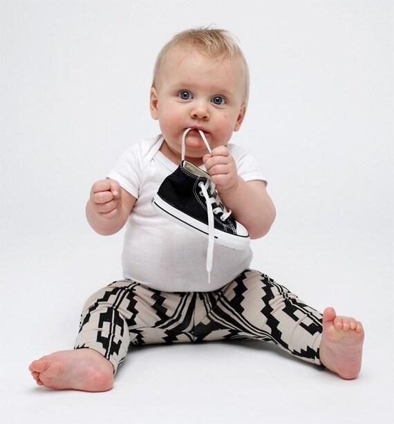 Organic Baby Leggings in Creme&Black Navajo Print