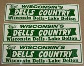 Wisconsin Dells vintage bumper sticker green and white lake delton vacation destination
