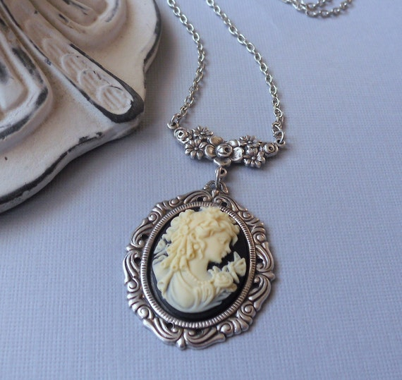 Lady Evangeline Black and Cream Floral Cameo Necklace in Antique Silver Petite