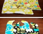 Bibs and Burp Rags Set - Mealtime Zoo