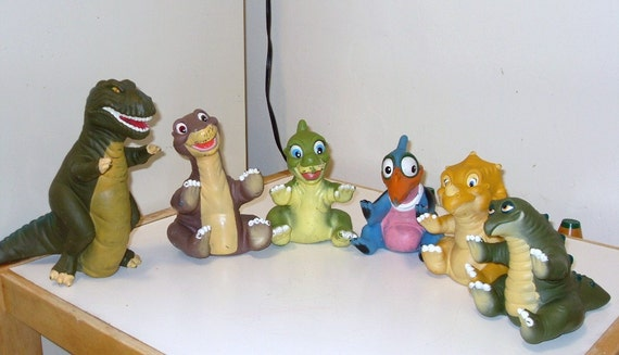 Pizza Hut Toys : Pizza hut hand puppets land before time puppet set