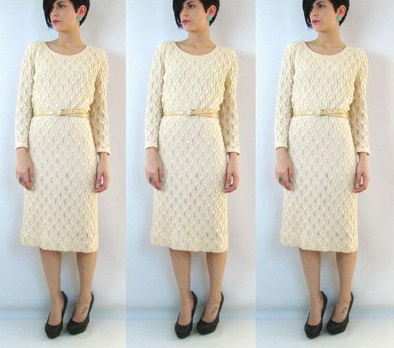 25% OFF SALE Cream Crochet 1960s Pointelle Dress (M)