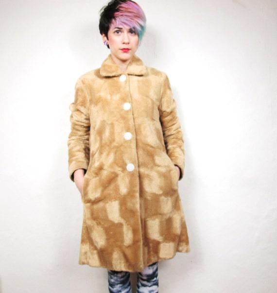 90s Teddy Bear Textured Faux Fur Coat (XS/S)