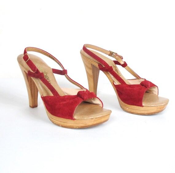 S A L E 70s Strappy Platform Wooden Heels (6.5)
