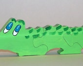 Children's wooden Ally the Alligator puzzle handmade with non-toxic paint   27.01.047
