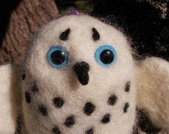 Pocket Hedwig - Needle Felted Snowy Owl Buddy
