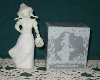 Mary, Mary Vintage Avon Decanter Sweet Honesty Cologne