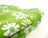 Green White Floral Print Sheet and Pillowcases