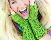 Crochet Fingerless Gloves Tween Girls Lime Green Sparkle Cute Fingerless Gloves Texting Gloves Tween Accessories Gifts for Tween Girls