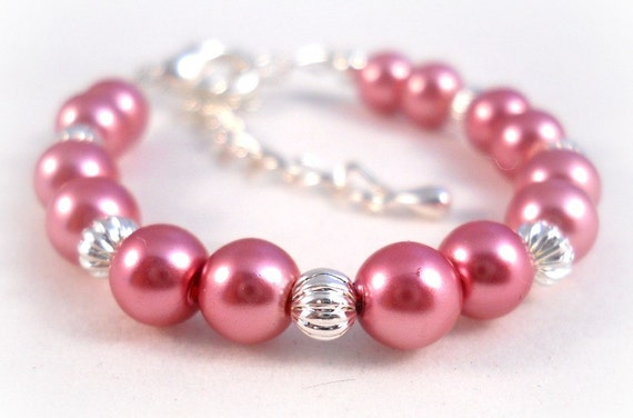 Girls Pearl Bracelet Pink Raspberry