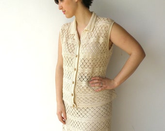 Vintage 1960s Crochet Set / 60s Cream Vest and Skirt / Size L