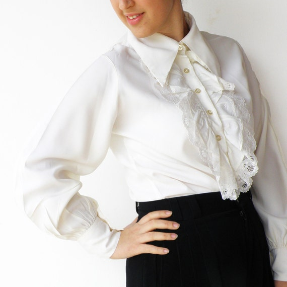 Vintage White Lacey Tuxedo Blouse / Size L