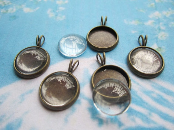 5 pcs 14mm antiqued bronze round cameo/cabochon base setting pendant with 5pcs matching 12mm clear glass cabs