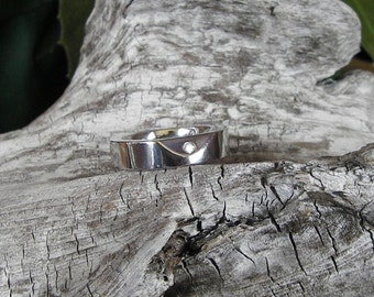 FREE SHIPPING Solo Series Stainless Steel Beveled Topaz Ring sz 5
