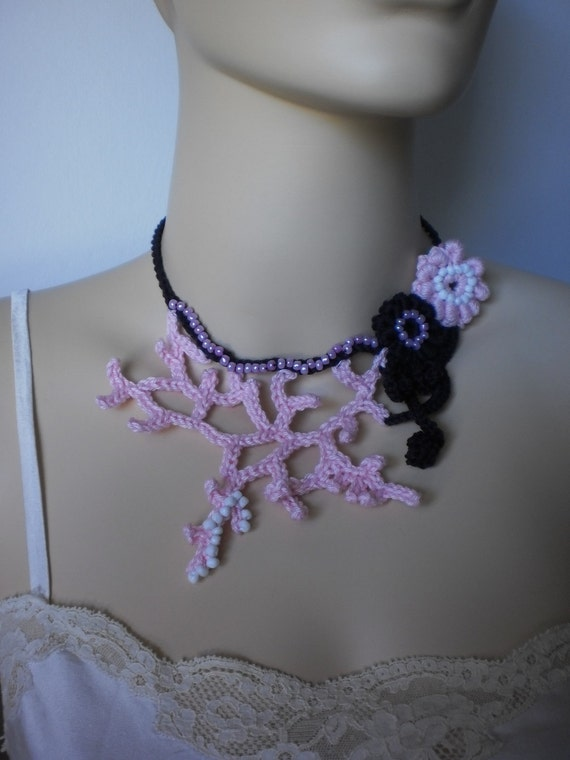 Crocheted  Necklace in Lilac Pink