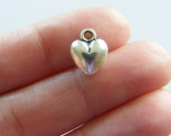 10 Heart charms antique silver tone H60