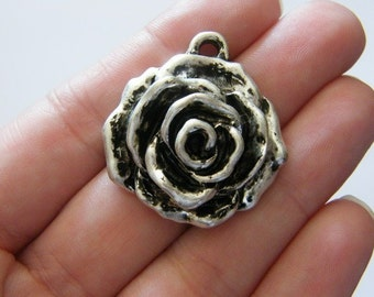 2 Rose pendants antique silver tone F111