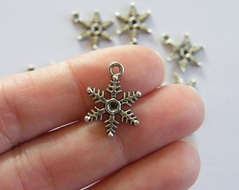 14 Snowflake charms antique silver tone SF9