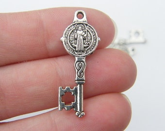 6 Key pendants antique silver tone K35