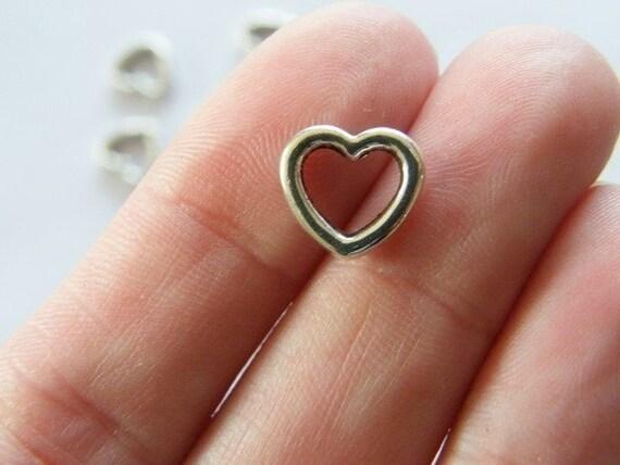 BULK 50 Heart charms antique silver tone H21