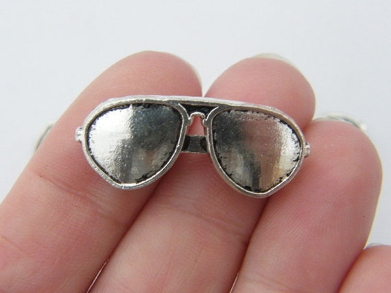 4 Pair of sunglasses charms antique silver tone P355