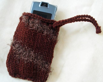 Small Knit bag for special treasures: coins, camera, phone, makeup or jewelry