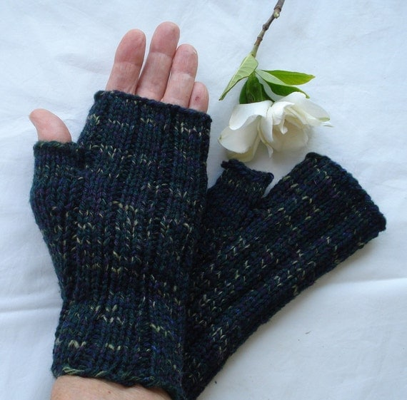 Knitting With Arthritic Hands : Fingerless mitts gloves for arthritic hands in dark green