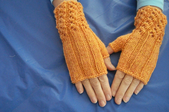 Fingerless Mitts of Fine Wool Hand Knit with Eyelet Cuffs Sm Med