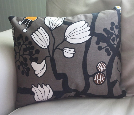 BLACK FRIDAY SALE - graphic grey floral print 16x13 lumbar pillow cover - beautiful on both sides