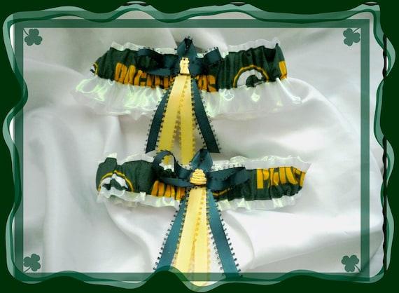 Green bay packers nfl wedding garter keepsake w bride charm for Green bay packers wedding dress