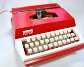 Montgomery Ward MARX CHILDS TYPEWRITER - 1975 - Like New