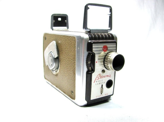 The Original 1950s KODAK BROWNIE MOVIE Camera - 8mm with Original Box - Works