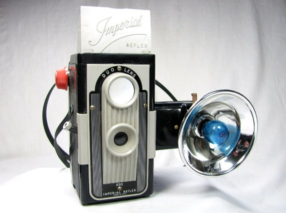 IMPERIAL 620 DUO LENS Reflex Pseudo Tlr Camera with Flash Unit