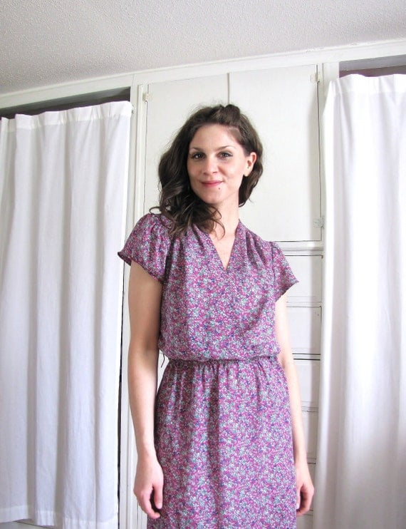 Vintage 1970's Mauve Purple Floral Print Day Dress