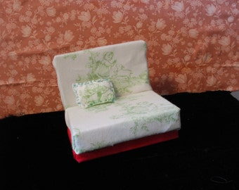 Fairy Tale Love Seat Couch For Blythe Pullip BJD Doll with Pillow