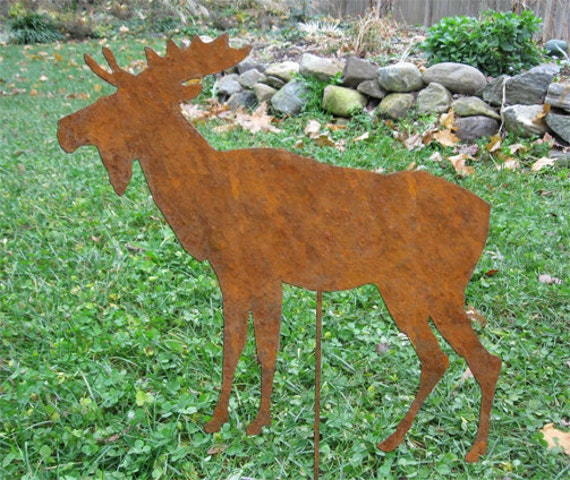 moose lawn ornament