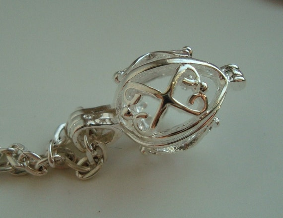 Filigree Pendulum Locket