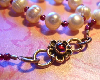 Elegant garnet and pearl choker necklace - 16 inches OOAK