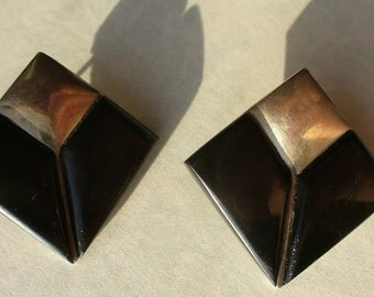 Bold square vintage black onyx sterling silver earrings. Pierced.