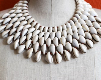 Cowrie 5 Necklace