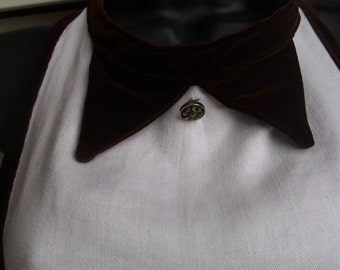 Valentine elegant APRON Chocolate Brown Velvet on vintage DAMASK OOAK