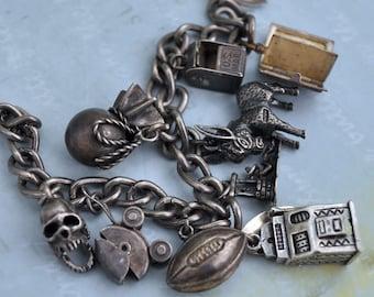 VINTAGE FIND, sterling silver charm bracelet