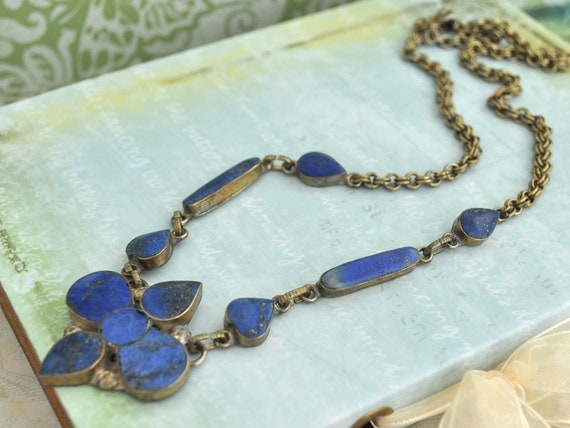 THE OLD WEST vintage brass necklace with blue Lapis stone inlays