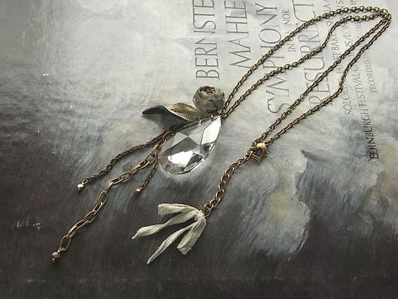 Shizuku ожерелье - дымчатый синий