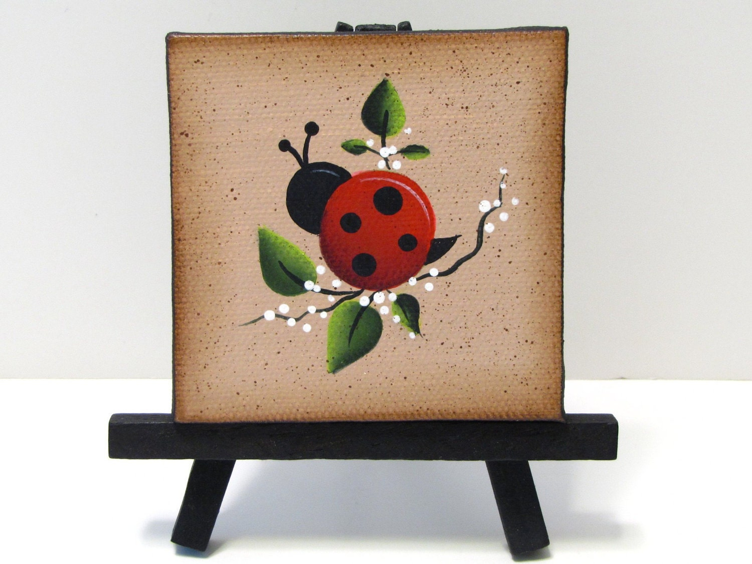 How To Paint A Ladybug On Canvas